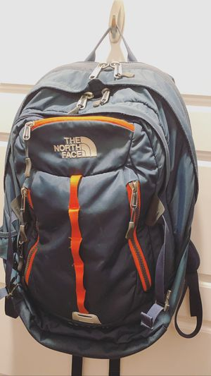 North face backpack for Sale in Avondale, AZ