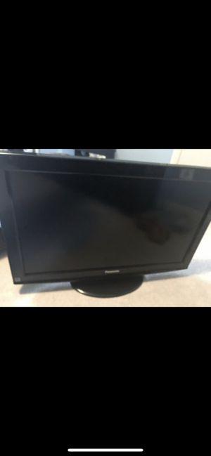 Tv Panasonic 34 for Sale in Herndon, VA