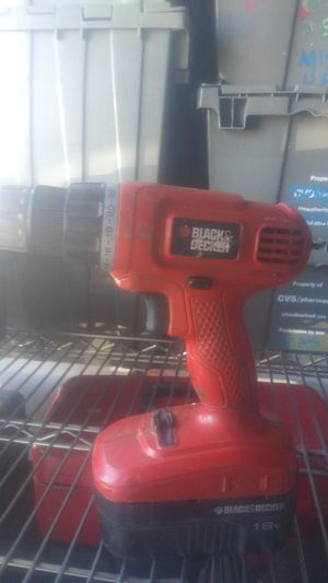 Black and Decker 18 volt drill driver for Sale in San Jose, CA