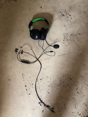 Turtle beach headset with adjustable game sound and mic for Sale in Poinciana, FL