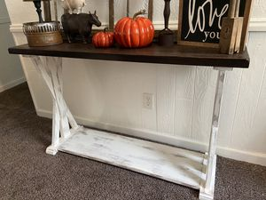Beautiful Handfinished Sofa Entryway Table 48x16x32 High quality very Solid!! for Sale in Indianapolis, IN