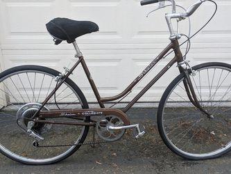 Vintage Schwinn Collegiate Ladies Road Cruiser Bicycle for Sale in Wilsonville,  OR