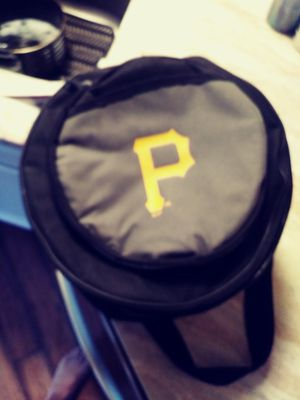 Mlb pirates caliente. Cooler + grill tail gate for Sale in Abingdon, MD