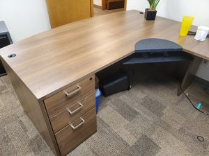 Office furniture for Sale in Tumwater, WA
