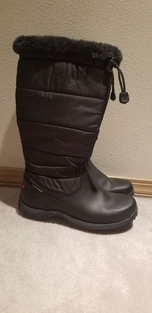 NEW Baffin Womens Winter Waterproof Boots size 8 for Sale in Port Orchard, WA