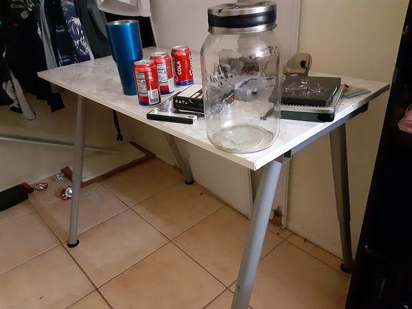 Clean clear jars house stuff