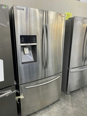 New Samsung 28cu.ft French Door Refrigerator for Sale in Pomona, CA