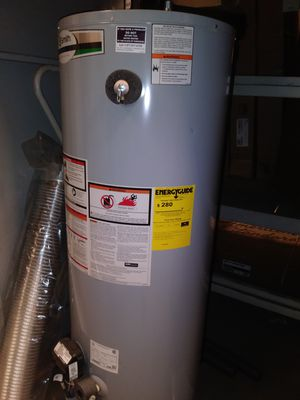 A.O. Smith Signature 50-Gallon Tall 6-year Limited 40000-BTU Natural Gas Water Heater G6-DVT5040NV for Sale in Durham, NC