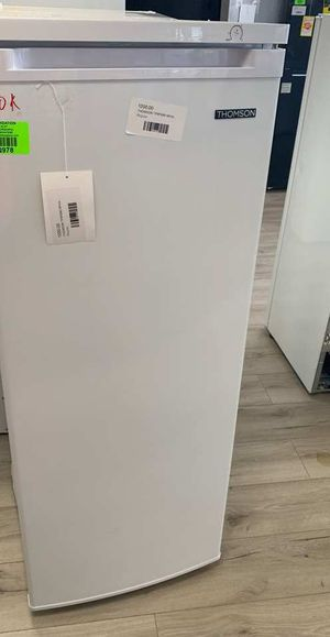 Thomson TFRF690 white standup freezer GE4QG for Sale in Montclair, CA