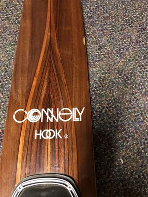 Connelly Hook slalom water ski for Sale in Bothell, WA