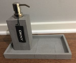 New Gray DKNY Soap Lotion Towel Tray Holder Tray Set for Sale in Chicago, IL