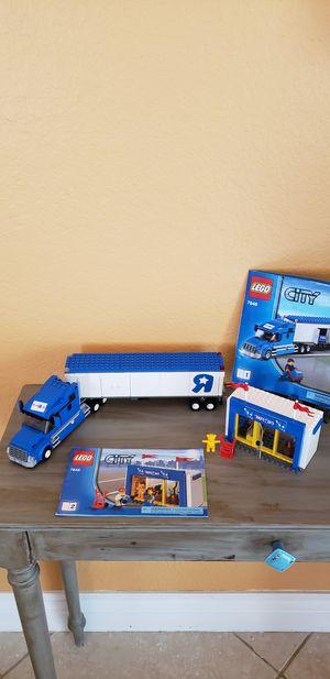 Lego City Toys R Us Truck Set Model 7848 for Sale in Pembroke Pines, FL