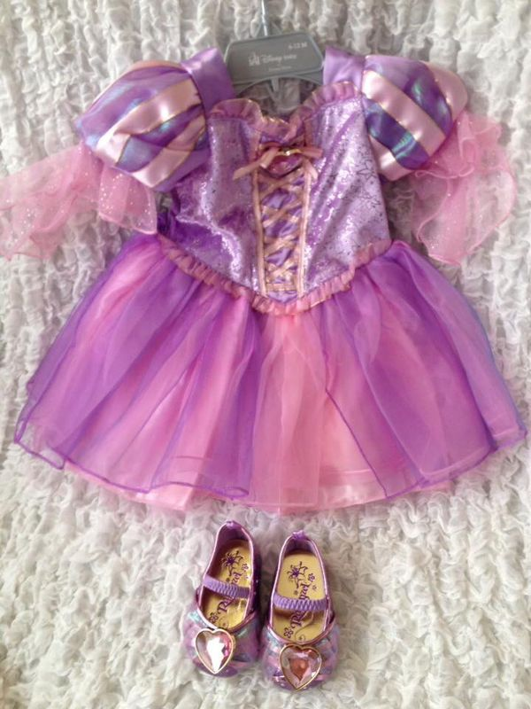 Rapunzel Disney costume 06-12 months with shoes.