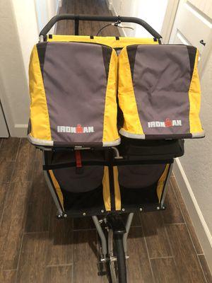 BOB double stroller Ironman for Sale in Clovis, CA