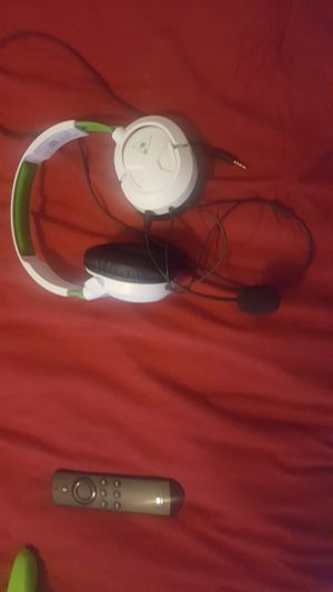 White turtle beach headset for Sale in Frisco, TX