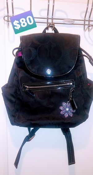 NUSED actually not used COACH Signature backpack for Sale in Rockville, MD