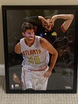 Kyle Korver Atlanta Hawks Framed Autographed Poster for Sale in Marietta,  GA