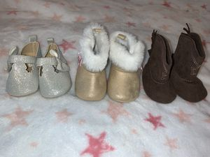 Baby girl boots for Sale in Dallas, TX