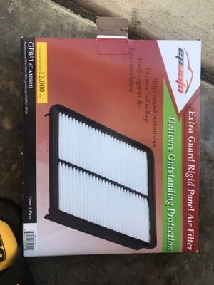 Air filter Hyundai/Kia 28113-2P100 for Sale in Upland, CA