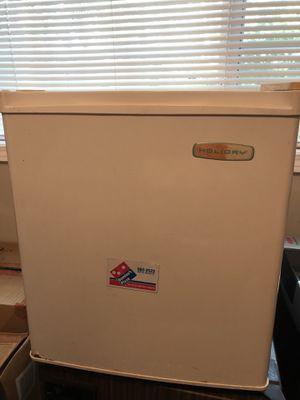 Holiday mini fridge- works! for Sale in Sandy Springs, GA