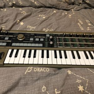 Korg MICROKORG 37 Keys Analog Modeling Synthesizer (NO Vocoder) for Sale in Tigard, OR
