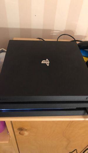 PlayStation 4 pro 1TB for Sale in Middleborough, MA