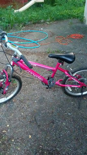Girl bike for Sale in Columbus, OH