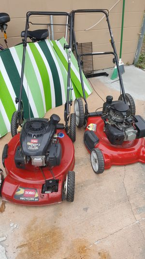 2 Lawnmowers $170 for Sale in Tampa, FL