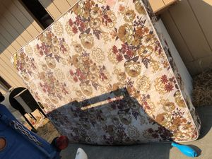 Queen matress for Sale in Kennewick, WA