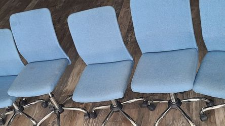 6 Blue Office Chairs for Sale in San Diego,  CA