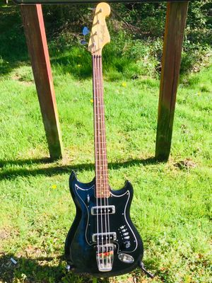 1967 Hagstrom HIIB Vintage Electric Bass Guitar Made in Sweden 🇸🇪 for Sale in Springfield, VA