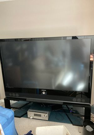 Samsung 72in TV for Sale in Ridgefield, WA