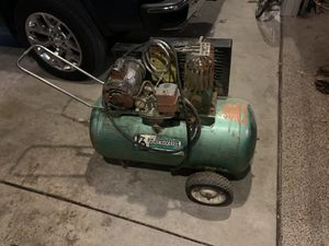 Air Compressor w/ hole in tank for Sale in East Peoria, IL