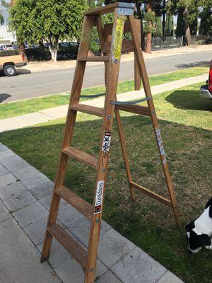 6ft Davidson wooden ladder for Sale in Garden Grove, CA