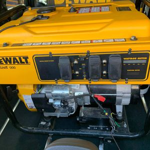 Dewalt DXGNR 7000 Generator for Sale in New Rochelle, NY