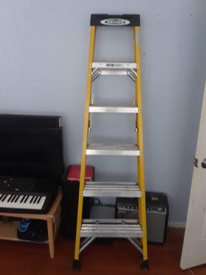 6ft ladder for Sale in Emeryville, CA