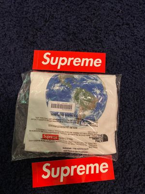 Supreme The North Face One World T Shirt Large for Sale in Washington, DC