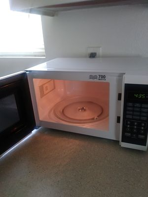 **Brand new microwave $ 20** for Sale in Las Vegas, NV