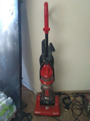 Free vacuum for Sale in Puyallup, WA
