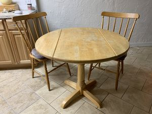 Small kitchen table and matching chairs for Sale in Sandy, OR
