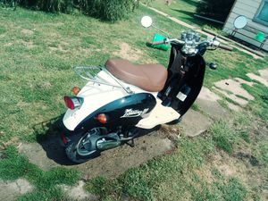 2017 wolf islander moped for Sale in New Sharon, IA