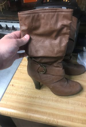 Woman's boots size 7 1/2 for Sale in Phoenix, AZ