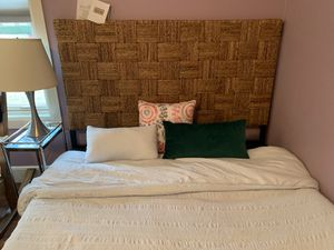 Modern Studio Queen Headboard and bed frame for Sale in Dallas, TX