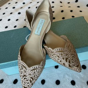 Blue by Betsey Johnson Women's Lucy Flat for Sale in Portland, CT
