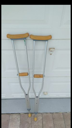 2 Crutches for Sale in Loxahatchee, FL