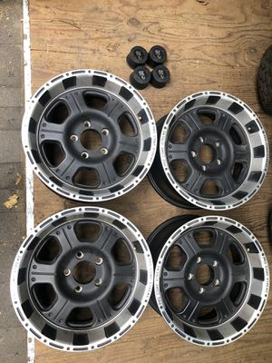17x8 Pro Comp Extreme Alloy wheels for Sale in Camano, WA