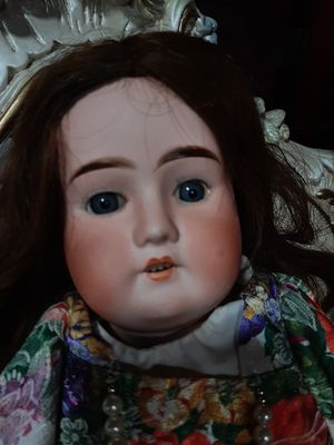 ANTIQUE doll for Sale in Marion, IL