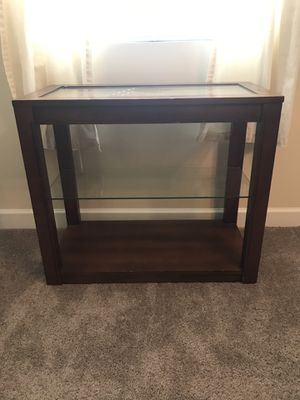 Side or Entryway Table for Sale in Mount Holly, NC