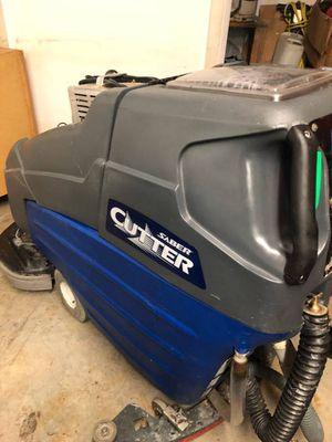 """WINDSOR SABER CUTTER Floor Scrubber 26"""" for Sale in Framingham, MA"""
