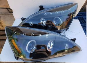 Honda Accord 2003-2007 Halo Projector Headlights for Sale in Pomona, CA